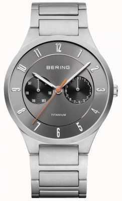 Bering メンズチタングレークロノグラフウォッチ 11539-779