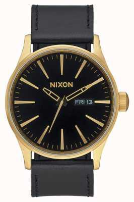 Nixon セントリーレザー|ゴールド/ブラック|ブラックレザーストラップブラックダイヤル A105-513-00
