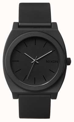 Nixon タイムテラーp  マットブラック 黒のシリコンストラップ 黒の文字盤 A119-524-00